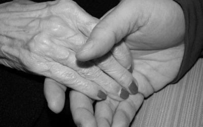 Envoyez un message aux personnes âgées ou isolées